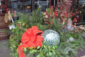 naturally easy holiday decorations the gateway gardener
